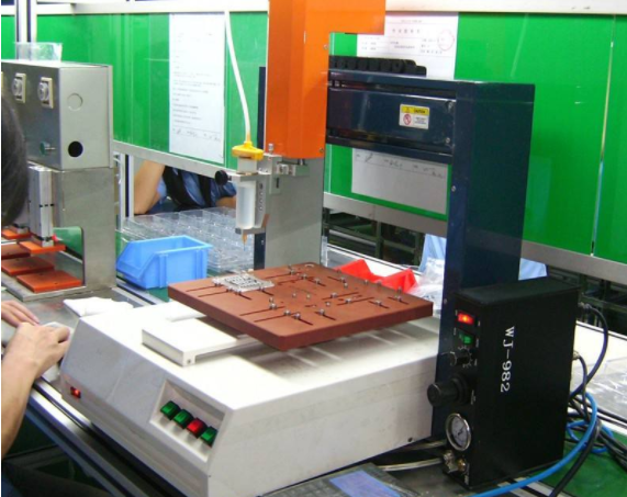 灌封胶自动灌胶机的应用和灌胶机的种类,应用优势有哪些?